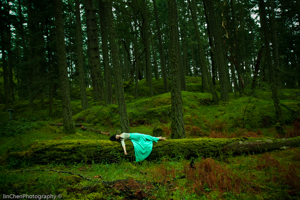 Wedding Photography Victoria Bc: Verdant Bella Donna. Lady Succumbs To The Forest